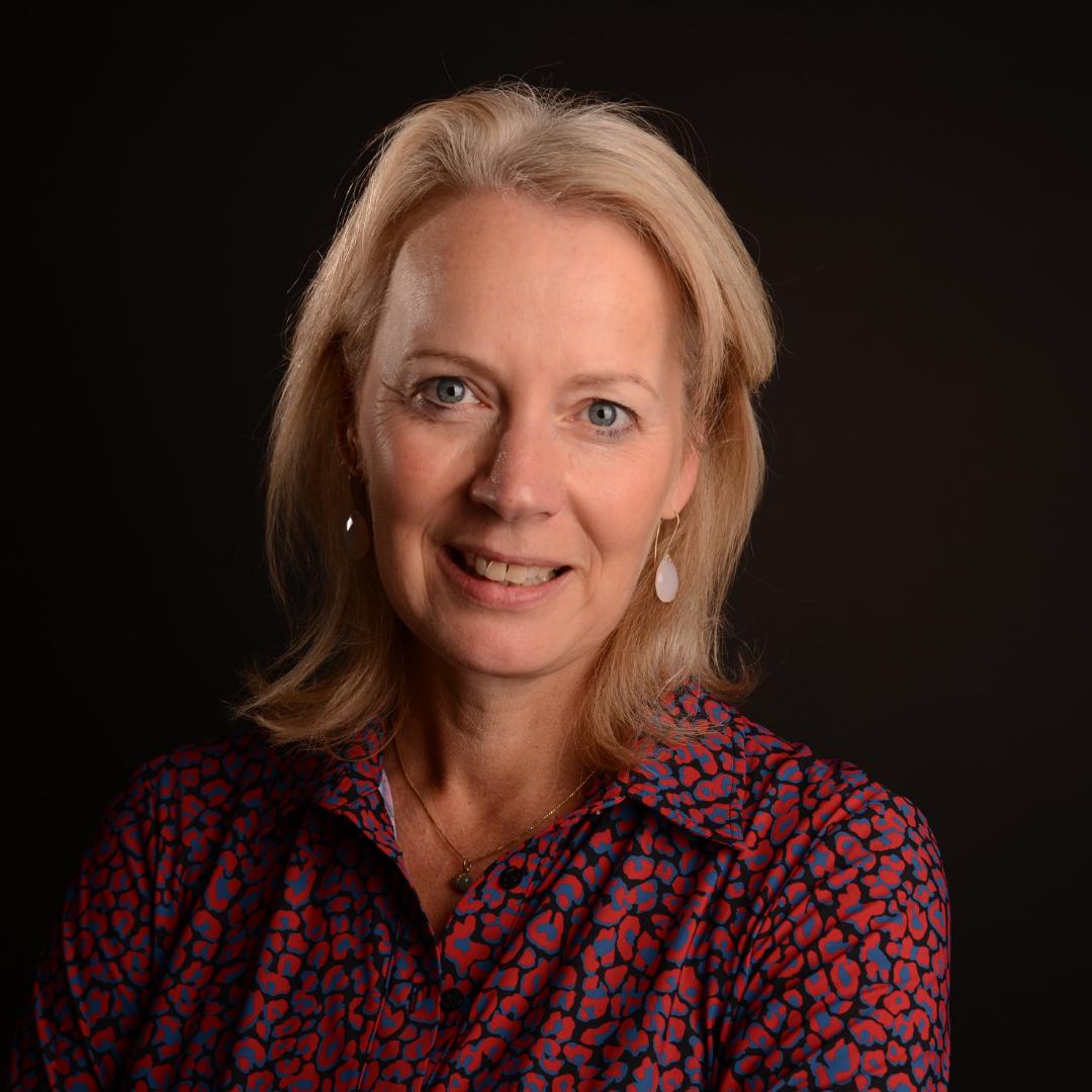 Biografie Elke van Bezouw